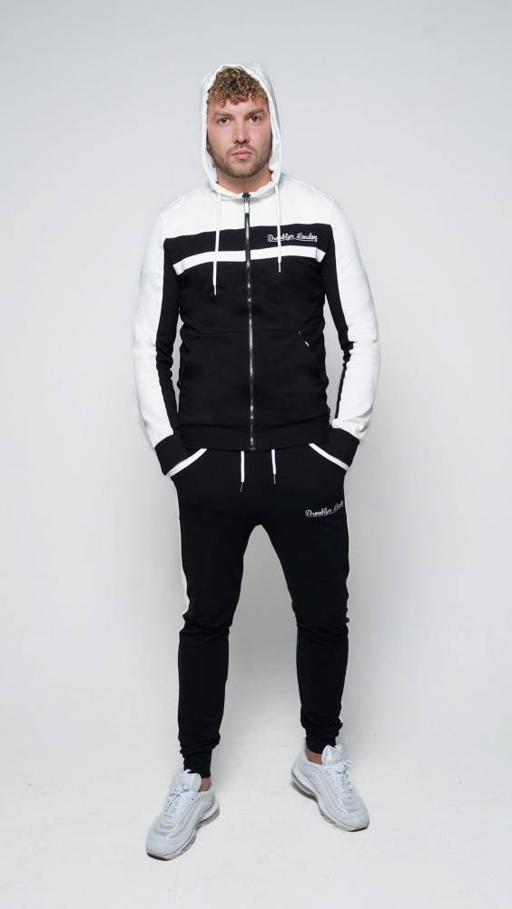 black-and-white-4-1500x2662